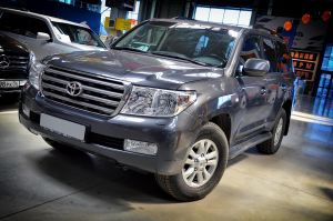 Toyota Land Cruiser 200, 2009